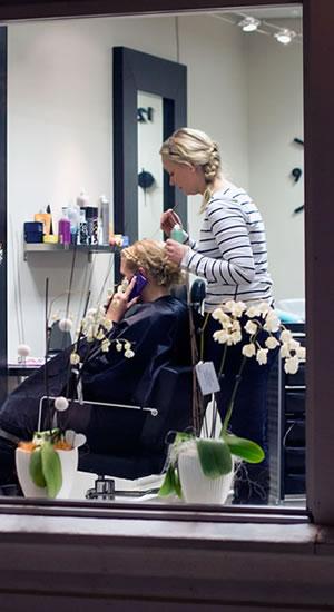 Bild Kosmetik und Friseur